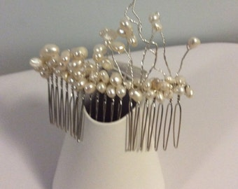 Bridal hair comb Freshwater white pearls