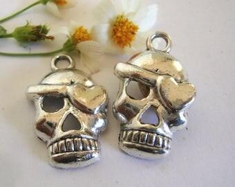 Love Skull Charm
