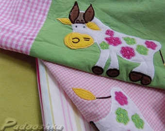 Pink fabric bundle Patchwork applique sewing pack Baby girl nursery decor Farmhouse animals. Assortment of cotton fabric. Voyage Decoration