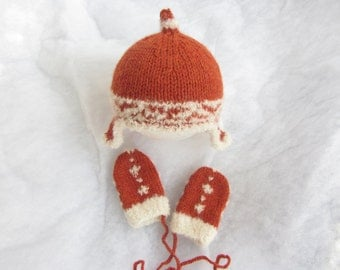 Hand knit alpaca baby hat with matching mittens. Size 3-6 months.