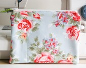 Handmade CosmeticMakeup Purse  Pouch  Zippered  Cath Kidston  English Rose    Gift