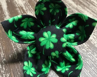 ST. PATRICK'S DAY Flower or Bow Tie Collar Attachment & Accessory for Dogs and Cats/Green Shamrocks Four Leaf Clovers