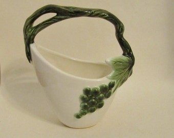 Hull Tokay handled basket planter vase is in perfect condition.  Free U.S. shipping.