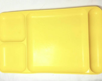 Vintage Tupperware Yellow Lunch Tray/School Lunch Plate/Repurpose Crafting Bead Tray