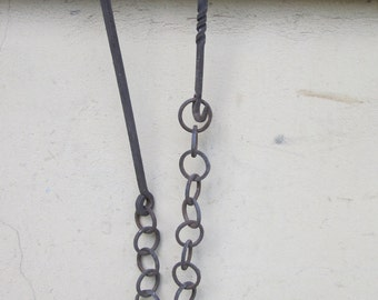 Ancient chain from hand-forged iron fireplace era 1790/1800