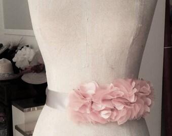 Belt of flowers for brides