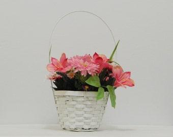 Mother's Day Basket, Spring Flowers, Woven Basket, Floral Basket, Easter Flowers, Easter Gift, Flower Arrangement, Silk Flowers