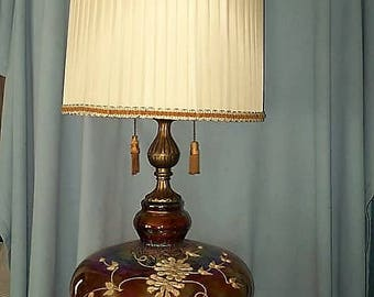 EF & EF Industries Jumbo Carnival Glass Table Lamp with Shade