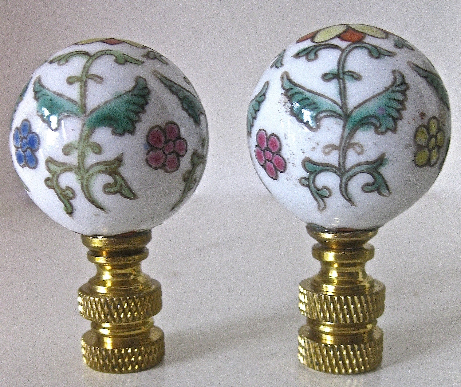 Pair Of Hand Painted Asian Floral Ceramic Vintage Lamp Finials