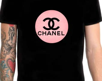 Chanel logo pink t shirt size M or L