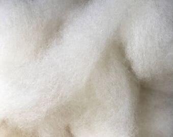 Romney Wool Roving 8 oz.