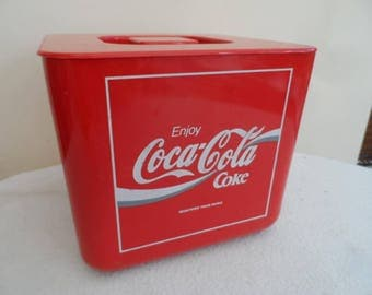 Retro 1970's - 1980's Coca Cola Plastic Ice bucket with lid made in England complete with inner drainer
