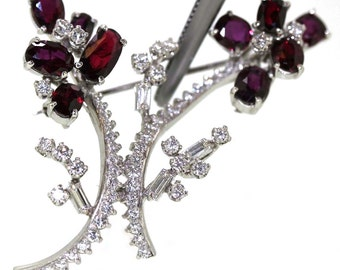 14k White gold Natural oval Garnet & VS Diamond Modern floral Pin Brooch 8.78ctw