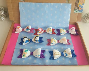 Alice in wonderland themed girls 7 clips hairbow box