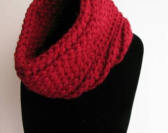 Sale! Ladies' red infinity cowl