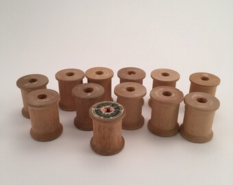 Vintage Small Wooden Spools 1inch Thread Spools