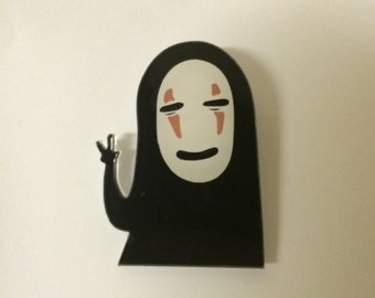 Studio ghibli spirited awaykaonashi mask acrylic brooch