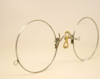 Antique Silver Tone Hard Bridge Pince Nez Eyeglasses