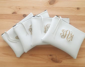 Bridesmaid Gift Set of 3 4 5 6 and more Personalized Cosmetic Bag Makeup Bag Monogrammed Pouch White Vinyl Leather Like Handbag Clutch Purse