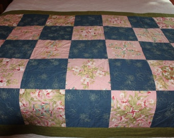506 Denim and Roses Quilt