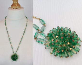 Vintage Art Deco Necklace, Green Glass Necklace, 20s Necklace, Vintage Green Necklace, Bugle Bead, Glass Necklace, Pendant, Green Necklace,