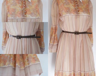 Vintage 1970's dress GORGEOUS