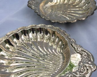 Scalloped Silver Plated Dishes, Set of 2, Leonard Silver, Vintage Boxed Tableware