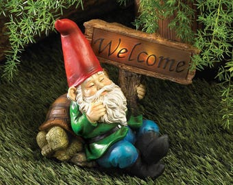 Lawn Gnome Holding Welcome Sign Solar Light Decorative Garden Statues