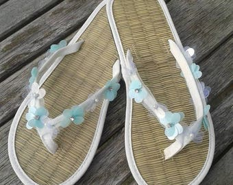 Ladies Ivory Wedding Straw Flip Flops Sequin Flower trim with Pearls and Rhinestone