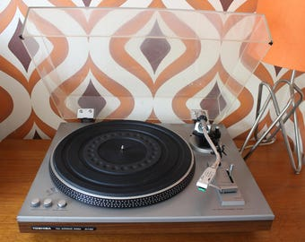 Toshiba SR-F330 Automatic DJ stereo vintage retro audio turntable-record player vinyl pioneer Technics 33 45 LP 1980 strobe