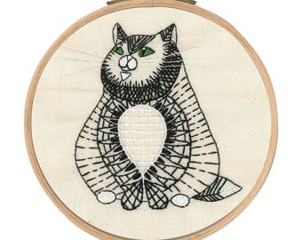 DMC TB105 Sebastian Sitting - Cat Printed Embroidery Kit - Wooden embroidery hoop included
