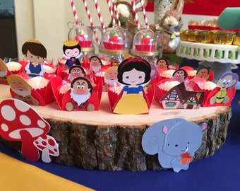 20 Snow White and the seven Dwarfs Candy Holder