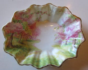 ENGLAND ROYAL ALBERT Trinket Dish