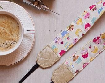 Handmade Camera Strap *cupcake pattern*