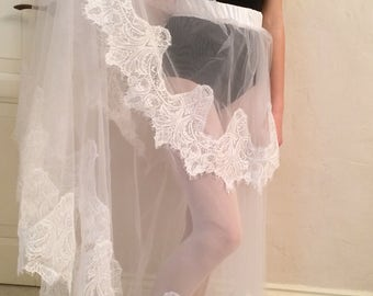 Overskirt wedding skirt, lace  overskirt with train , wedding skirt,  detachable wedding skirt, detachable tulle skirt, wedding dress.