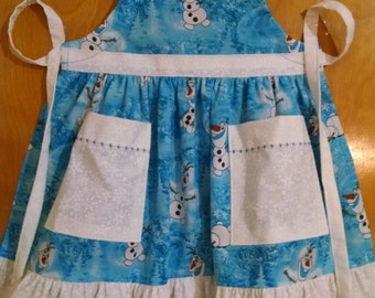 Girls Olaf Apron with Ruffles and Pockets