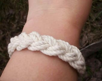 White Cord Bracelet, Beach Summer Bracelet, Women White Bracelet, Turks Head Knot, Summer White Bracelet, Sailor Bracelet, Surfer Bracelet