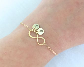 Gold Infinity Bracelet, Personalized Silver Infinity, Mother Bracelet, Mother's Day, Anniversary Gift, Bridesmaid Gift, Gift for Sister
