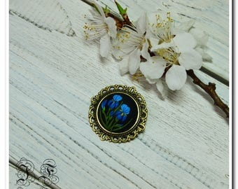 Blue Iris women brooch Iris brooch floral brooch women birthday gifts for mom gift girls mothers day gift feminine brooch floral jewelry