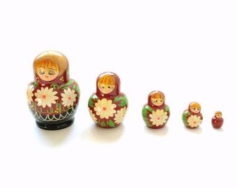 Vintage Russian Nesting Dolls, Hand Painted Russian Folk Art,  Set of Five