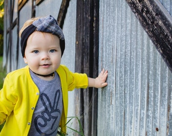 peace sign shirt | second birthday shirt boy, two shirt, two year old birthday shirt girl, peace hand hippie baby clothes, toddler gift GREY