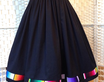Mexican Serape trimmed full skirt - With Pockets