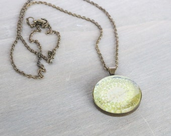 Green Medallion Glass Pendant Necklace, Bronze Necklace, Green Necklace, Boho Necklace, Simple Necklace, Everyday Necklace, Olive Necklace,
