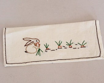 pouch to put away rabbit towel, embroided towel rail, culinary art, cotton pouch, child towel pouch