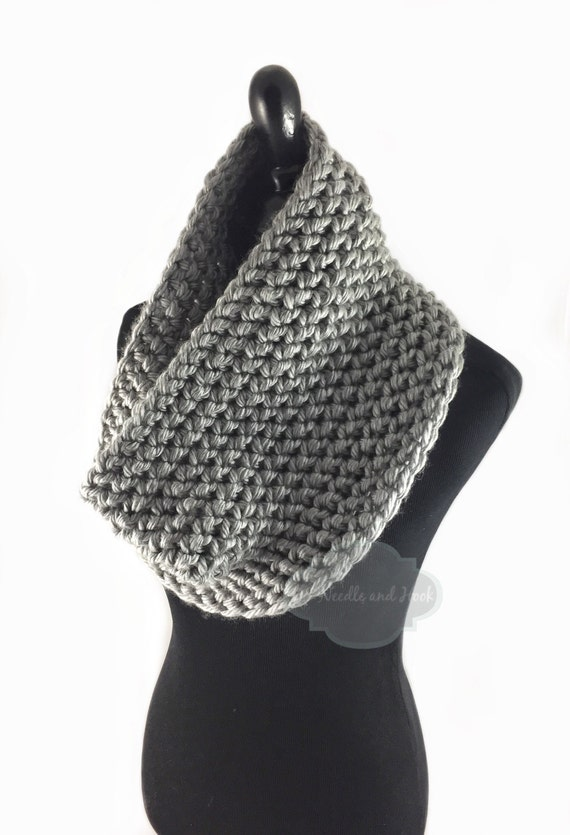 Gray Crochet Scarf, Silver Gray Crochet Cowl, Grey Infinity Scarf, Light Gray Tweed Neck Warmer, Handmade Crochet Scarf, Crochet Snood Scarf