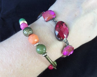 FREE SHIPPING Trio of Pink Cabachon Bracelet, Bohemian Style Elasticated Wristband of Orange, Green, Red Gold Beads, Resin and White Metal