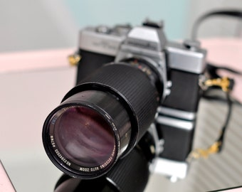 Vintage 35mm Minolta SRT-201 Camera w/Macro Lens - NEEDS LOVE