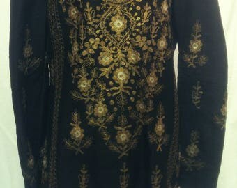 Stunning vintage HELENE ARPELS brocade tunic top, hand woven with ornate metallic gold & silver thread embroidery fully lined size 42.