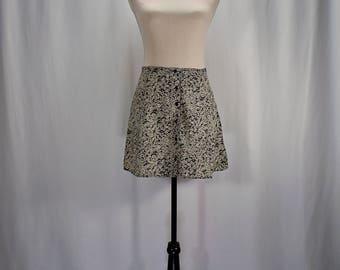SALE ! Vintage 90s floral skater button up mini skirt // Size S