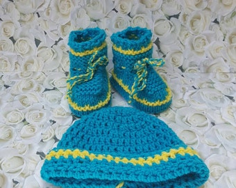 Set hat and booties, take home outfit, announcement, pregnancy, newborn baby gift,  gift,pregnancy reveal, shower gift, new baby gift